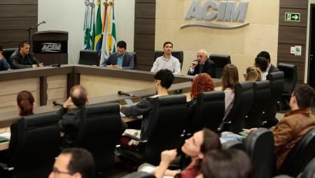 """Diretor Regional da CCIBJ – Maringá participa do Road Show sobre """"Aspectos Culturais e Negociações com Países Árabes"""", na Associação Comercial e Empresarial de Maringá"""
